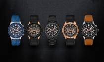 Long-Live-the-Smartwatch-Daily-Stylish-Tech-Hero