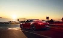 The-New-911-Speedster-Hero