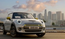 The-New-MINI-Cooper-SE-Hero